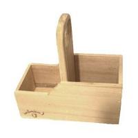 matera de madera grabada